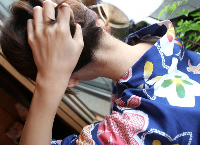 【フェチ系微エロ画像】ただの首筋のはずが…理由は不明でも兎に角イヤらしく見える女のうなじwww 11