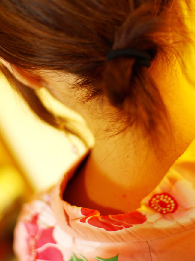 【フェチ系微エロ画像】ただの首筋のはずが…理由は不明でも兎に角イヤらしく見える女のうなじwww 16