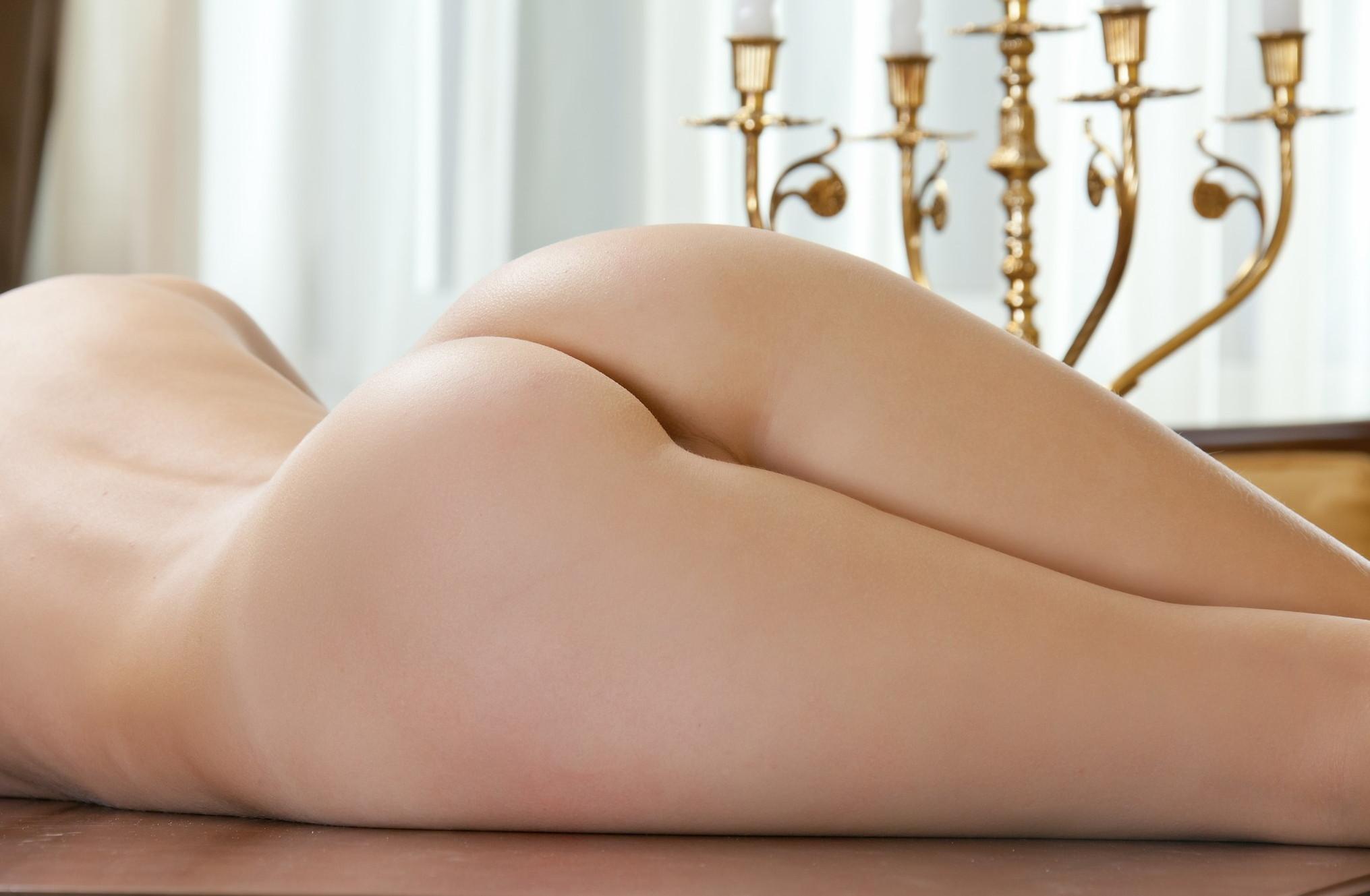 【美尻エロ画像】見た瞬間に即勃ち→即ハボ確定、穴を間違えても突っ切れそうな美しい桃尻www 11