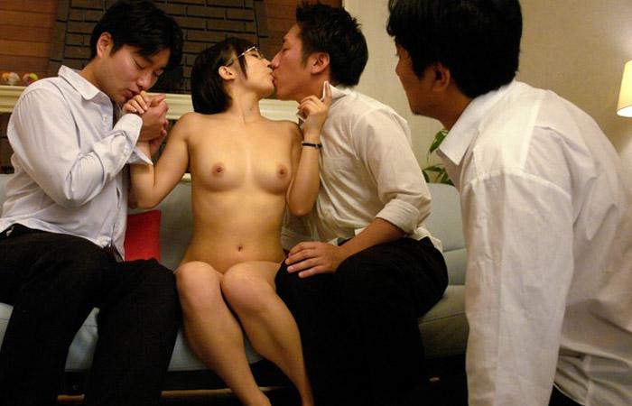 きみの歩美 ハダカになり全裸指導法で勉強を教える美乳の家庭教師wwwwwww 01