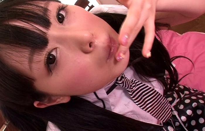 【三次エロ動画】元A○B研究生の美少女が生臭ザーメン飲まされ続けてごっくんアイドル化www