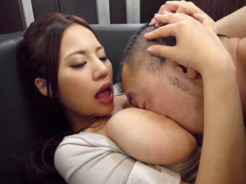 【※悲報※】性欲の強すぎる男性、風俗で窒息死。(※画像あり※) 05