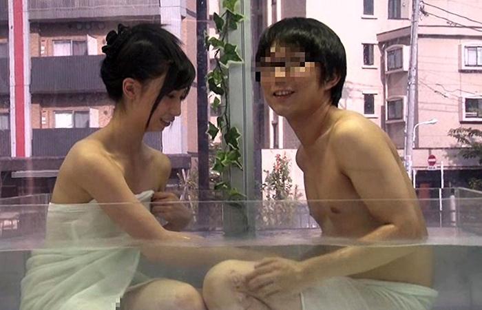 【マジックミラー号】日本一エロい車が男女の友情をいとも簡単に崩壊させる… 01