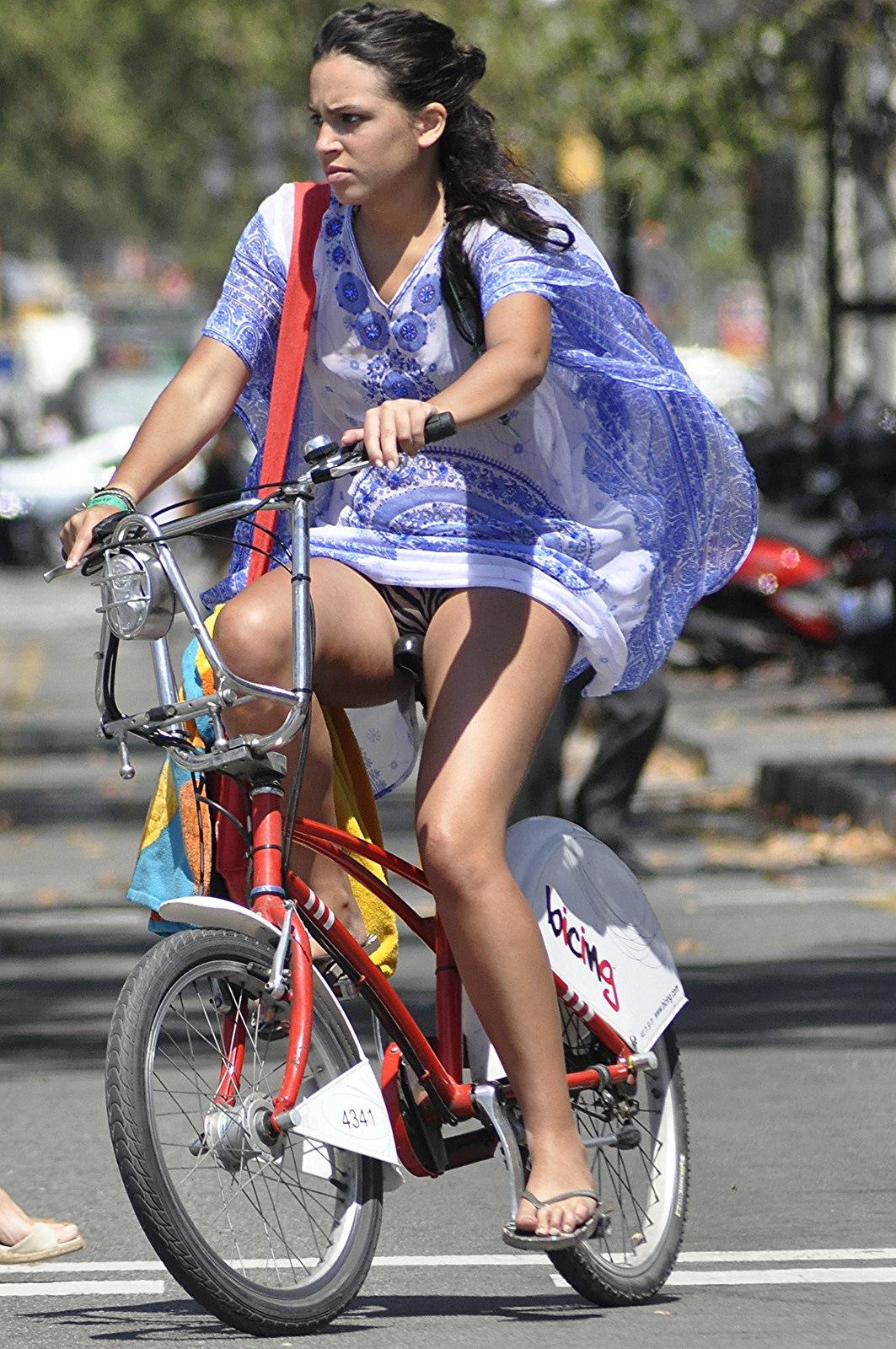 【※下心注意※】「自転車女子近辺待機組男子」 が受けた恩恵30パターンを画像付きで紹介するスレwwww(画像あり) 03