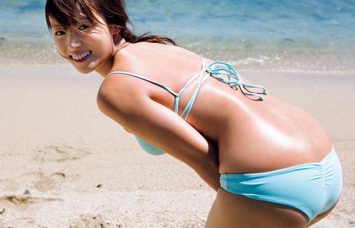 【深田恭子エロ画像】まだ伸びしろあんの!?深キョンの33歳に見えぬプリ尻ボディwww