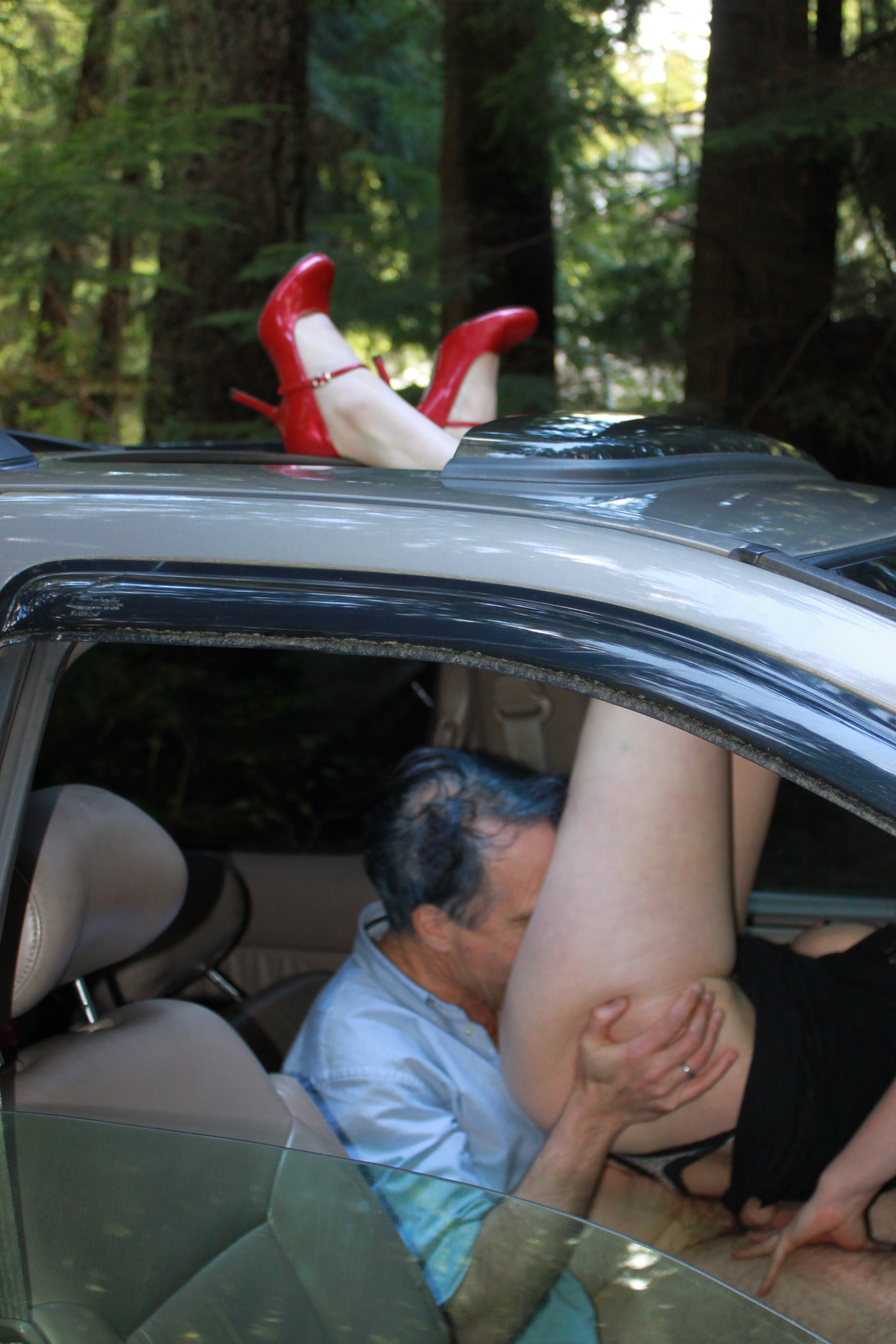He Masturbates In The Car While Driving
